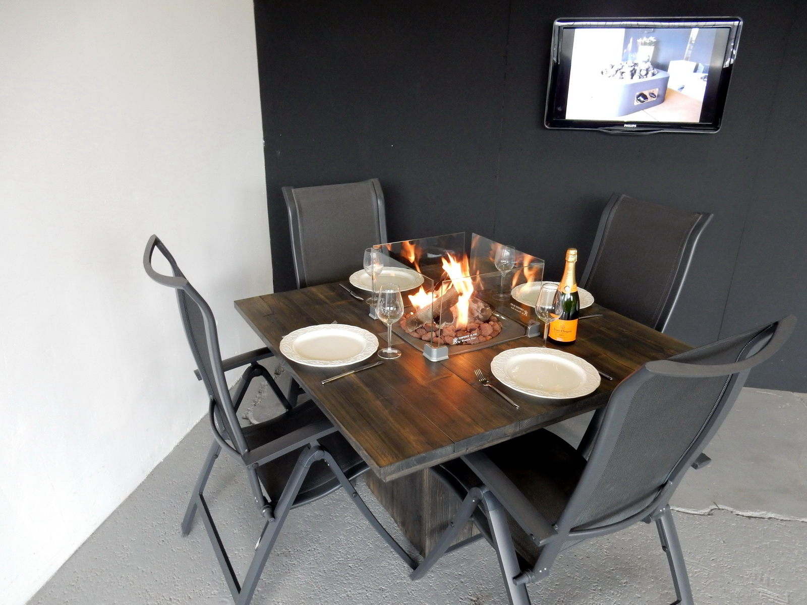 Tafel Met Haard : Haard tafel best tafel met haard vuurtafel met haard cm hout enzo